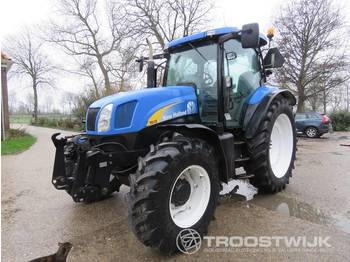 New Holland TSA 135 A - wheel tractor