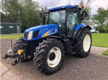 New Holland TS 125 A - wheel tractor