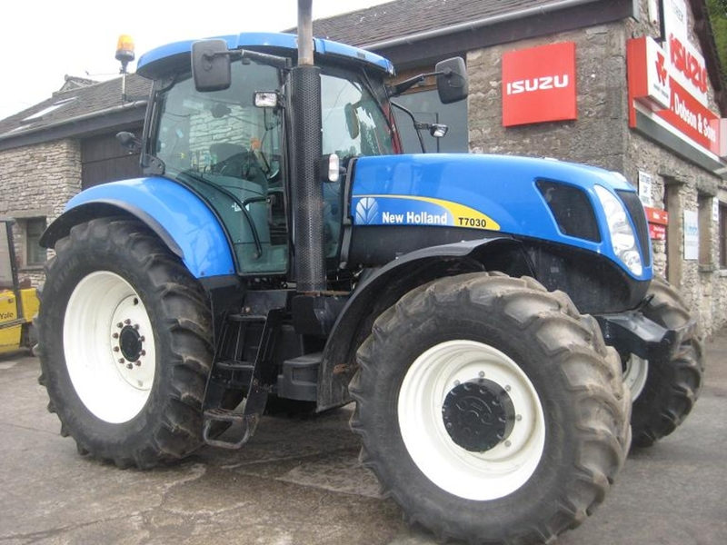 Wheel tractor New Holland T 7030 - Truck1 ID: 865057