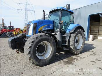 New Holland T 8030 - wheel tractor