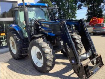 New Holland ts 110 a - wheel tractor