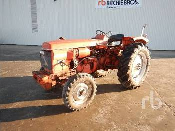 Wheel tractor RENAULT R7050 4WD Agricultural Tractor