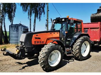 Wheel tractor Valtra 8550