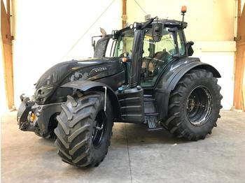 Wheel tractor Valtra T214 Direct