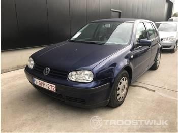 PKW Volkswagen Golf
