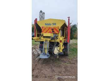 Nido 90 - sand/ salt spreader