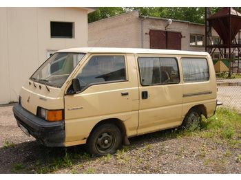 MITSUBISHI L300  - minibus