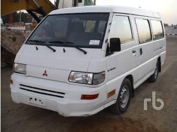 Mitsubishi L300 12 Passenger 4X2 Mini - autobus