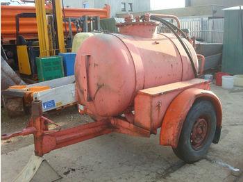 Baugeräte Tank