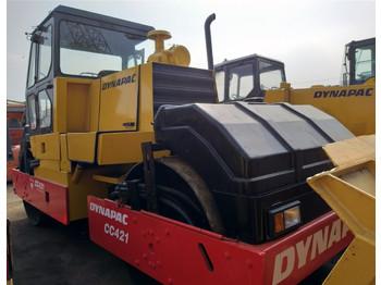 Straßenwalze DYNAPAC CC421