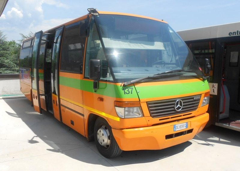 mercedes benz 815 vario city bus from italy for sale at truck1 id 968774. Black Bedroom Furniture Sets. Home Design Ideas