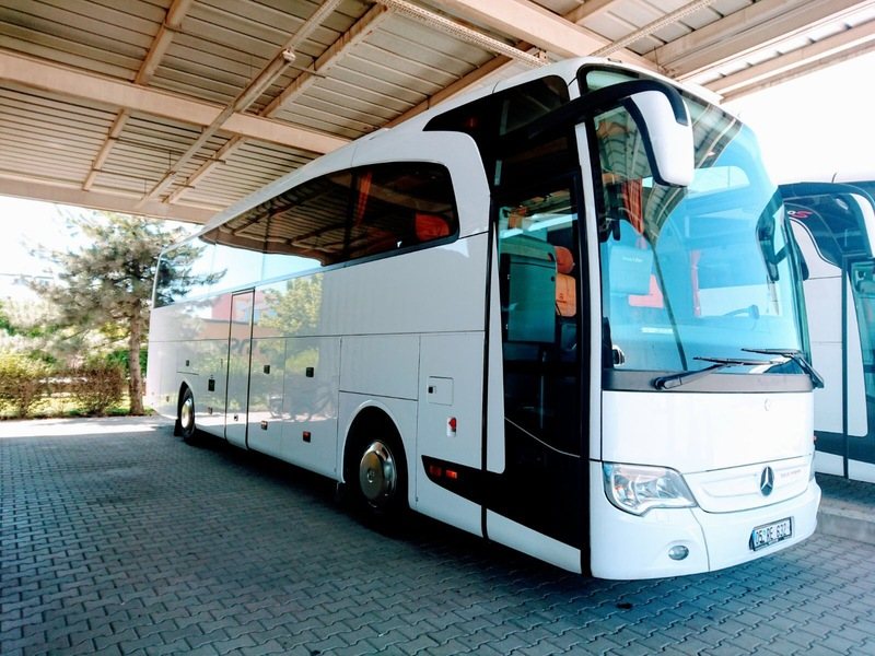 Mercedes benz travego 15 shd coach from turkey for sale at for Mercedes benz coach