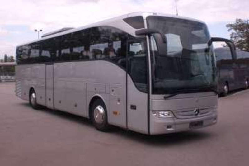 mercedes benz tourismo r2 coach from norway for sale at. Black Bedroom Furniture Sets. Home Design Ideas