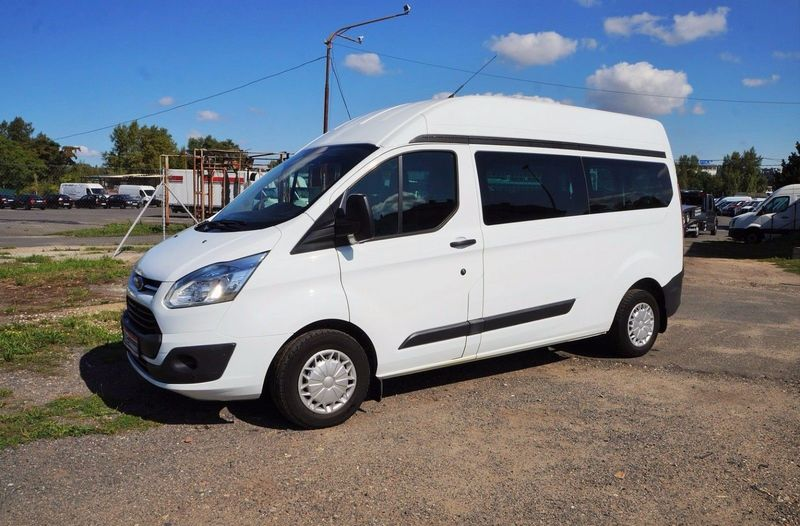 ford transit custom 2 2 92kw l2h2 9 sitze klima voll minibus from czech republic for sale at. Black Bedroom Furniture Sets. Home Design Ideas