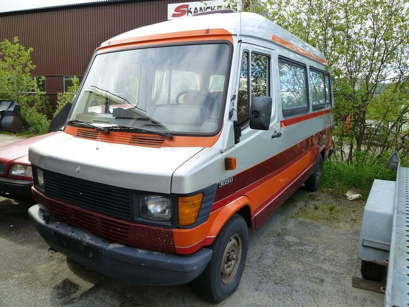 Mercedes benz 309d minibus from norway for sale at truck1 for Mercedes benz 309d