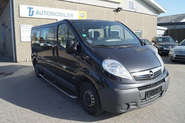 Minibus Opel Vivaro 2 0 Cdti 114 Combi L2h1 Mta Eco Picture 1