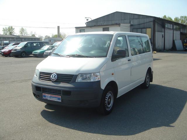 volkswagen transporter t5 1 9tdi 9 sitze minibus from. Black Bedroom Furniture Sets. Home Design Ideas