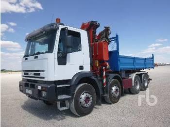 Caminhão basculante IVECO TRAKKER 8x4