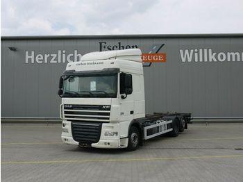 Caminhão transportador de contêineres/ caixa móvel DAF XF 105.460 SC, 6x2, Hubrahmen, Retarder