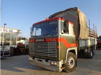 Scania  - camion bâche