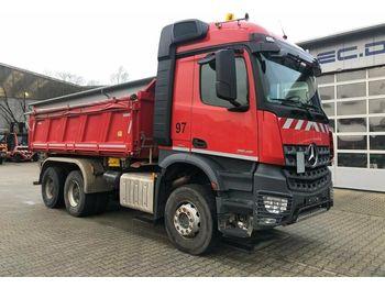 Camion basculantă Mercedes-Benz Arocs 2645 6x4 Euro 6 Dreiseitenkipper MEILLER