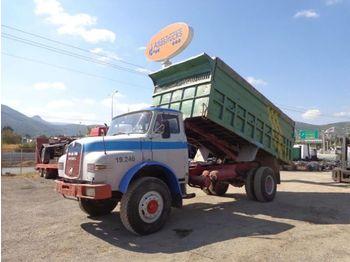 MAN  - camion benne