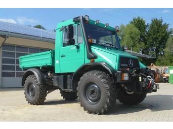 Camion benne Unimog 130 - U130 418 mit Heckkraftheber Mercedes