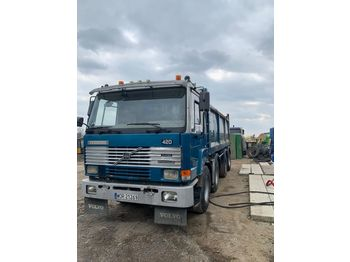 VOLVO TERBERG 420 / 8x8 - camion benne