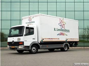 Mercedes Benz 815 EURO 3 LEAF SUSPENSION MANUAL GEARBOX - camión caja cerrada