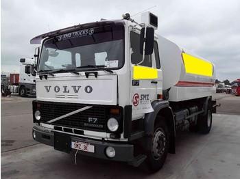 Volvo F 7 15000L 5 compartiments - camion citerne