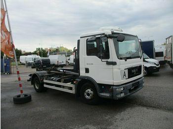 MAN TGL 12.180  - camion fourgon