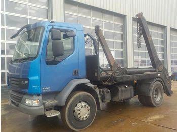 DAF LF55-220 - camion multibenne