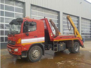 Hino 500 - camion multibenne