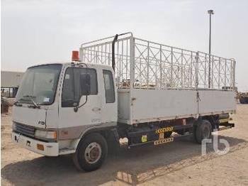 HINO FD 4x2 - camion plateau ridelle