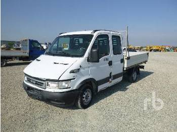 IVECO DAILY 29L13 Crew Cab - camion plateau ridelle