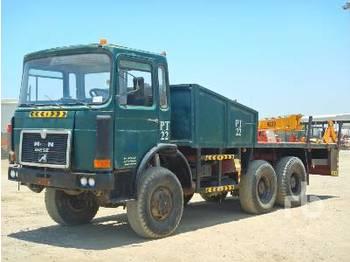 MAN 6x6 - camion plateau ridelle