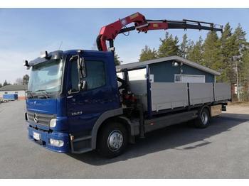 Camion plateau ridelle Mercedes-Benz Atego 1523 HMF913-4+1 nosturi radio-ohj