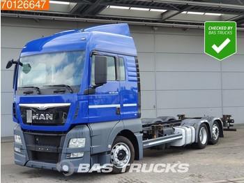 MAN TGX 24.440 6X2 XLX Mega Intarder 2x Tanks Navi Euro 6 - camion porte-conteneur/ caisse mobile