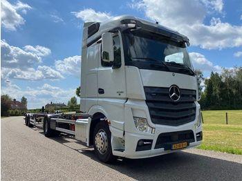 Mercedes-Benz ACTROS 2036 4X2 BDF-SYSTEM COMBI WITH 2 AXLE KRONE HANGER - camion porte-conteneur/ caisse mobile