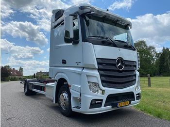 Mercedes-Benz ACTROS 2036 4X2 BDF-SYSTEM TOPCONDITION HOLLAND TRUCK WITH TAILLIFT - camion porte-conteneur/ caisse mobile