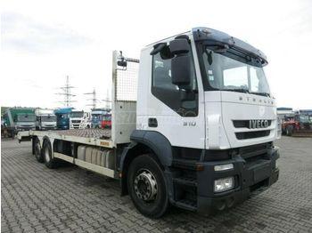 IVECO Strails 310 Autószállító csörlővel - camion porte-voitures