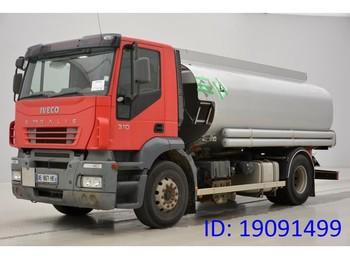 Cisterna camión Iveco Stralis 190E31