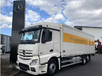 Mercedes-Benz Actros 2545 L Getränkekoffer+LBW Schwenkwand  - transporte de bebidas camión