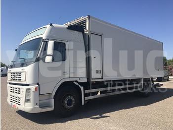 VOLVO FM 9 260 - transporte de ganado camión