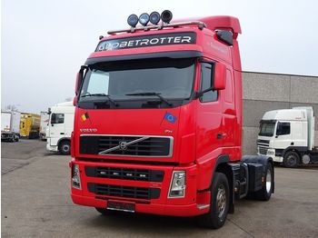 Cap tractor Volvo FH 440 4X2