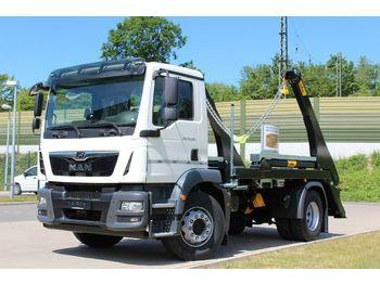 MAN TGM 18.320 4x2  / HYVA - Absetzer  - ciężarówka bramowiec