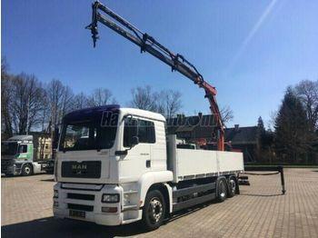 Ciężarówka burtowa MAN TGA 26