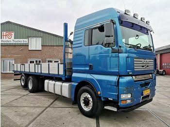 Ciężarówka burtowa MAN TGA 26.480 6X4H-2 BL