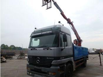 Mercedes Benz  - ciężarówka burtowa