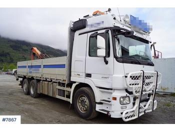 Mercedes-Benz 2560 6x2 - ciężarówka burtowa